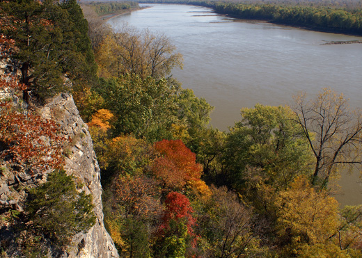 View of the Missouri River from Plateau